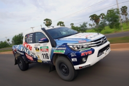 HILUX AXCR2016